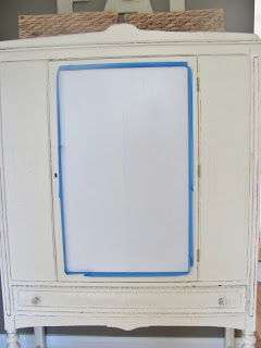 Dekorationly.com Krijtbord Contact Papier Hutch Makeover papier makeover krijtbord hutch contact