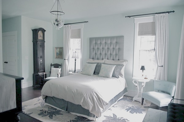 Style House October-A Button Tufted Life