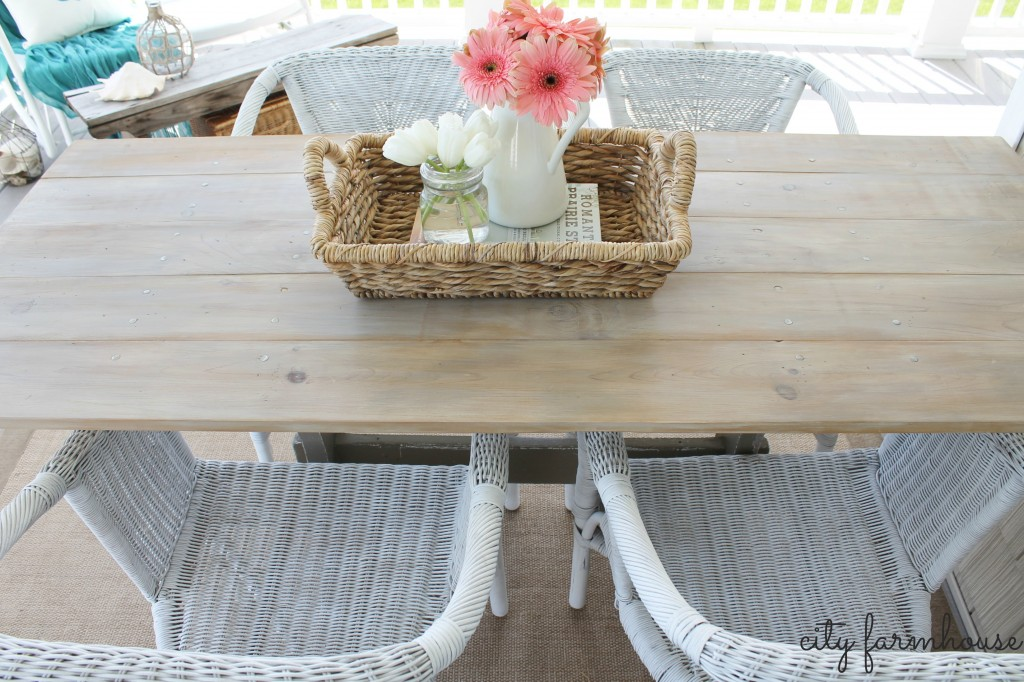 CF DIY  farmhouse table