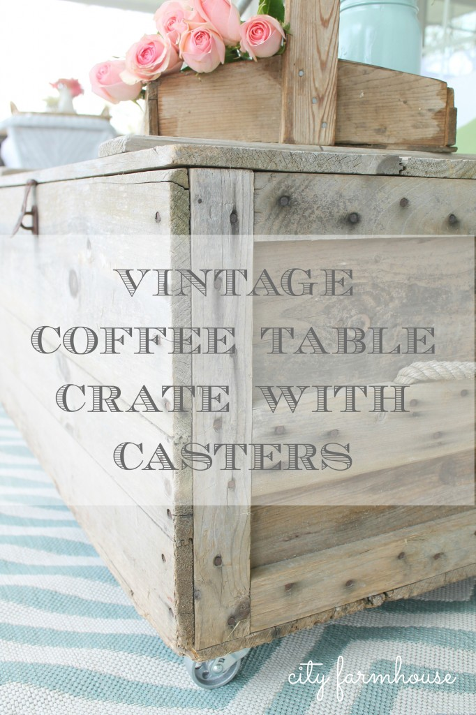 CF Vintage Coffee Table With Casters
