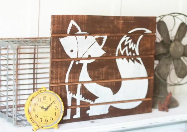 Easy directions for fox pallet art!