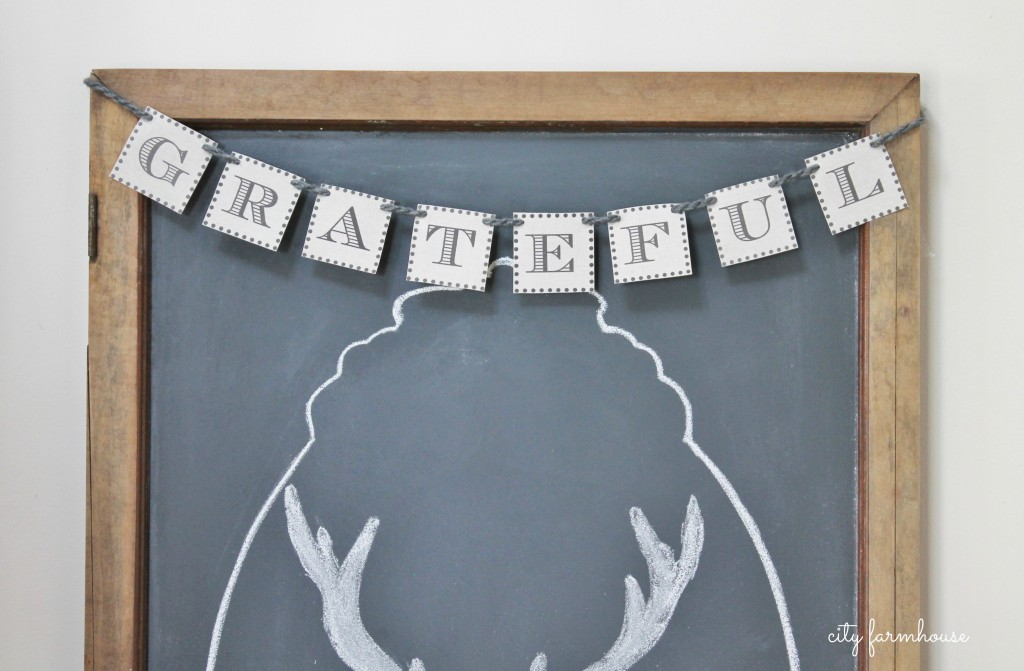 Easiest Way To Make A Chalkboard & Banner-City Farmhouse