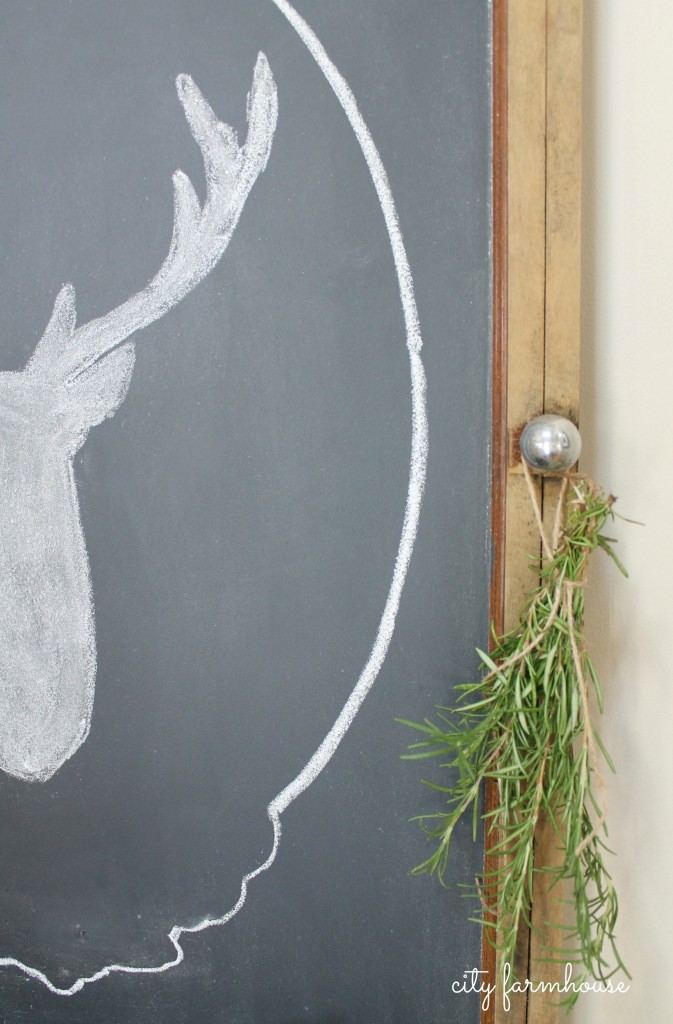 Easiest Way To Make A Chalkboard & Stag Silhouette