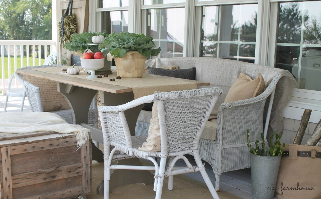 Fall Porch City Farmhouse DIY Harvest Table & Creative Seating