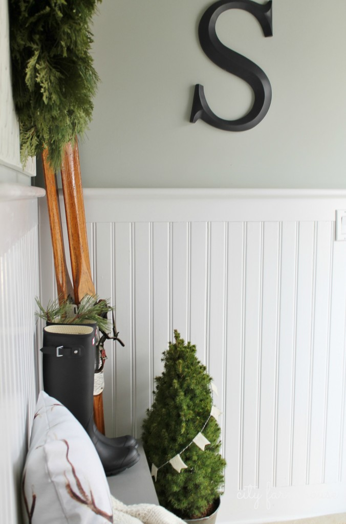 City Farmhouse (Farmhouse Christmas)  Mudroom Tour- Wreath & Vintage Ski's