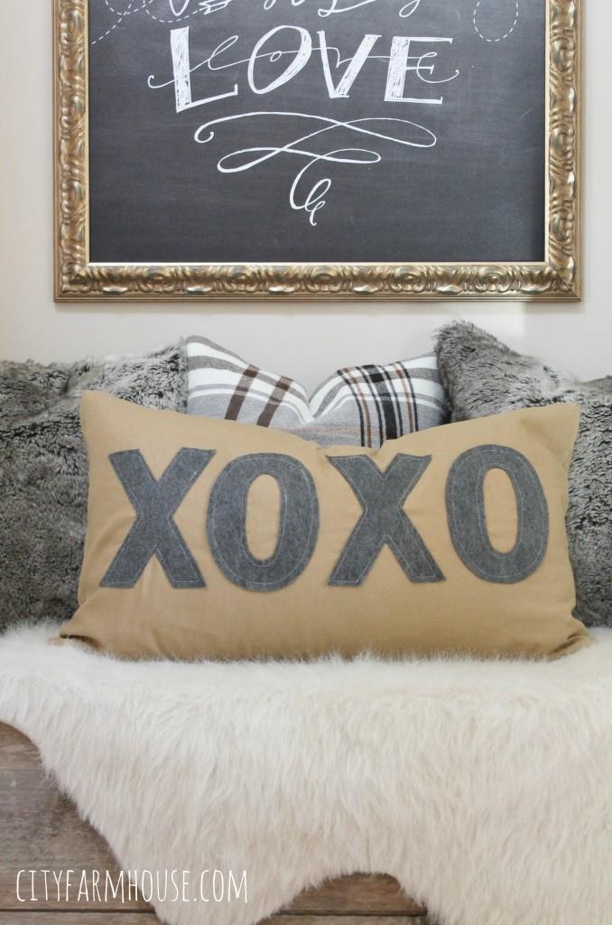 DIY Anthropologie Inspired Pillow XOXO- Washed Linen & Gray Felt-City Farmhouse
