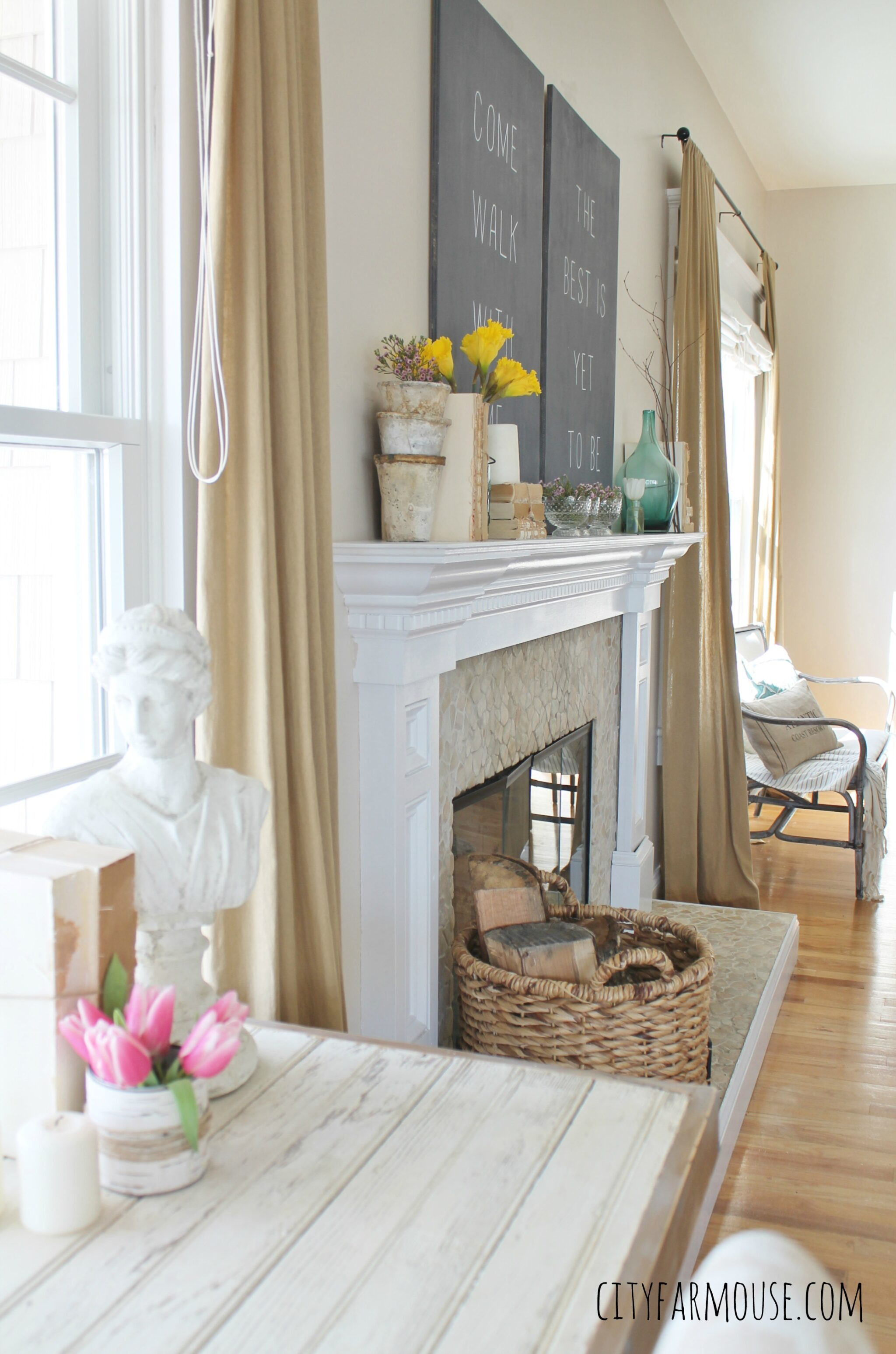 Seasons Of Home Easy Spring Decorating Ideas {City Farmhouse} DIY Barstool  Desk U0026
