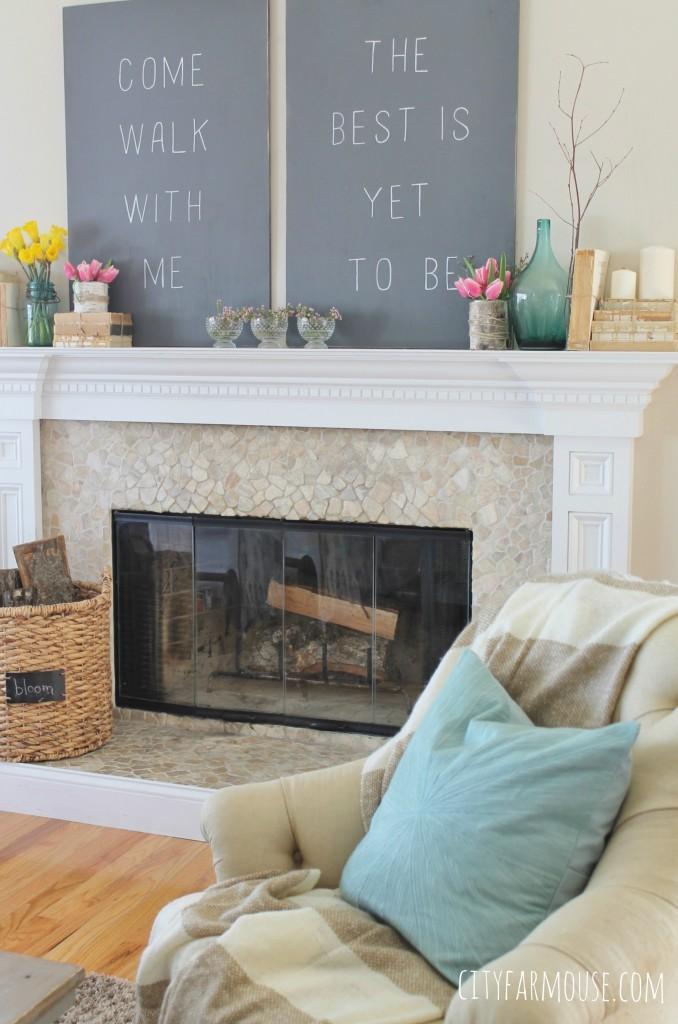 Simple Farmhouse Fireplace