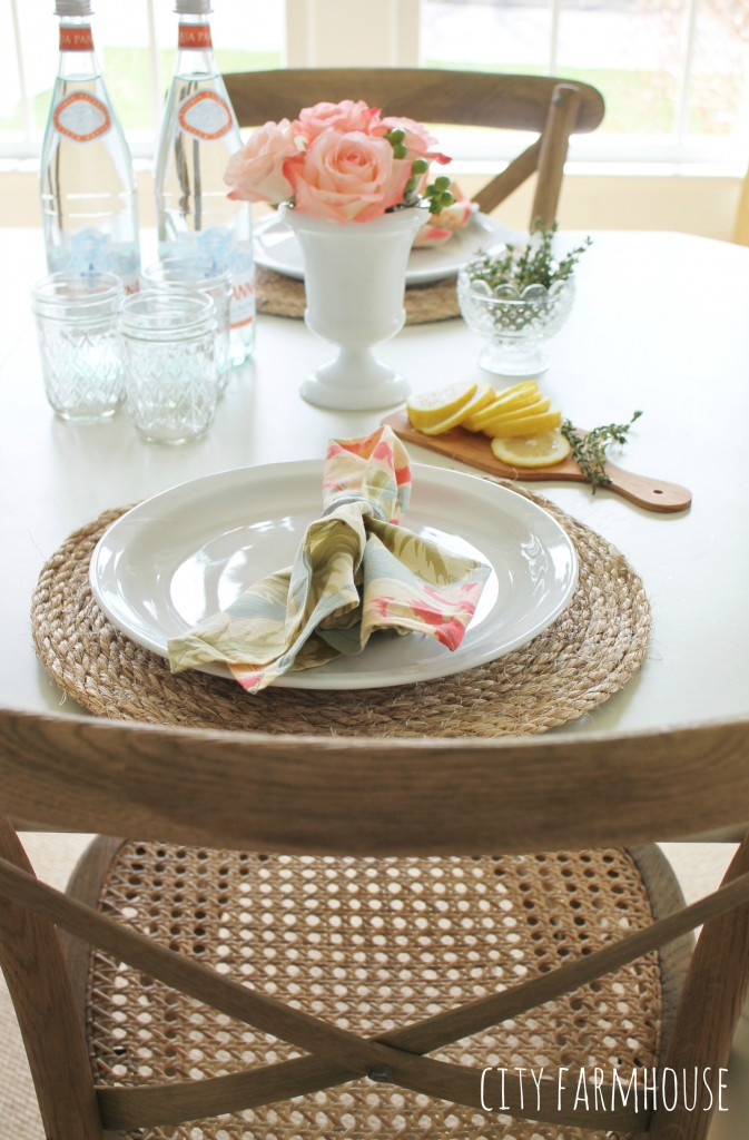 Pottery Barn Inspired Round Jute Placemats & Summer Table {City Farmhouse}