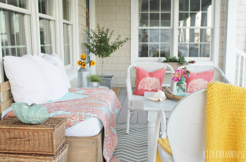 Summer Porch-Makeover for less than $100, Flea Market Finds