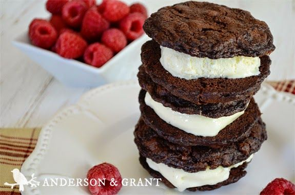 Features Anderson & Grant-Mixed Berry Ice Cream Sandwiches