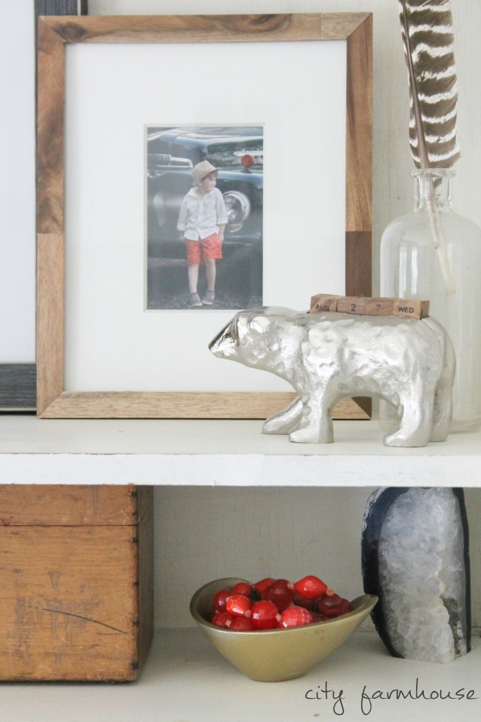 Rustic Chic Bookshelf Styling {texture, wood & warm tones}