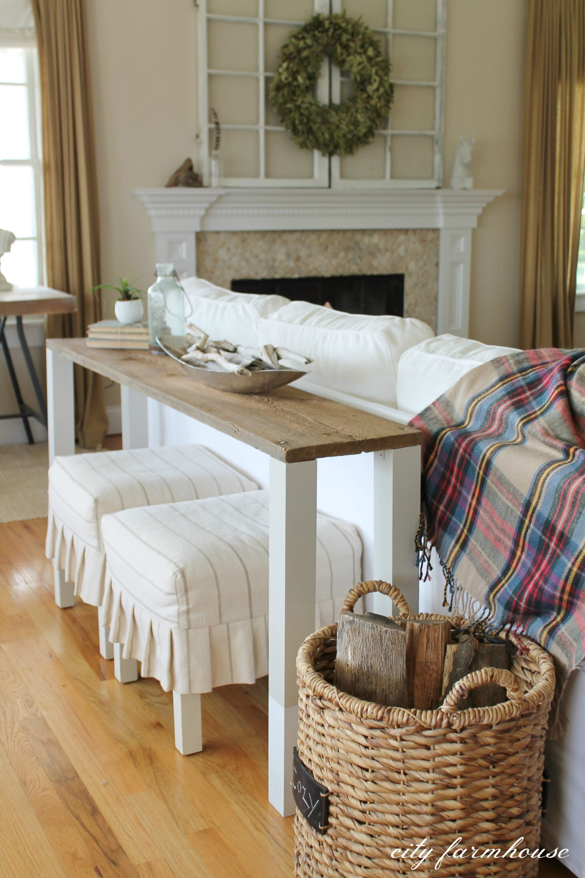 The Easiest DIY Reclaimed Wood Sofa Table City Farmhouse