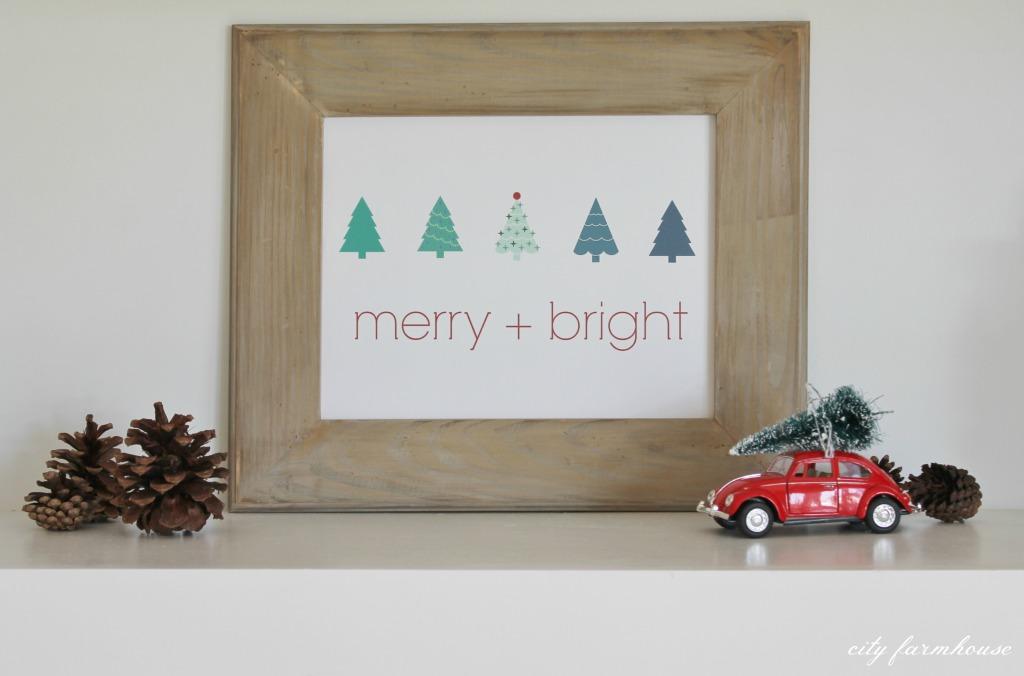 Merry + Bright Free Christmas Printable & Vignette
