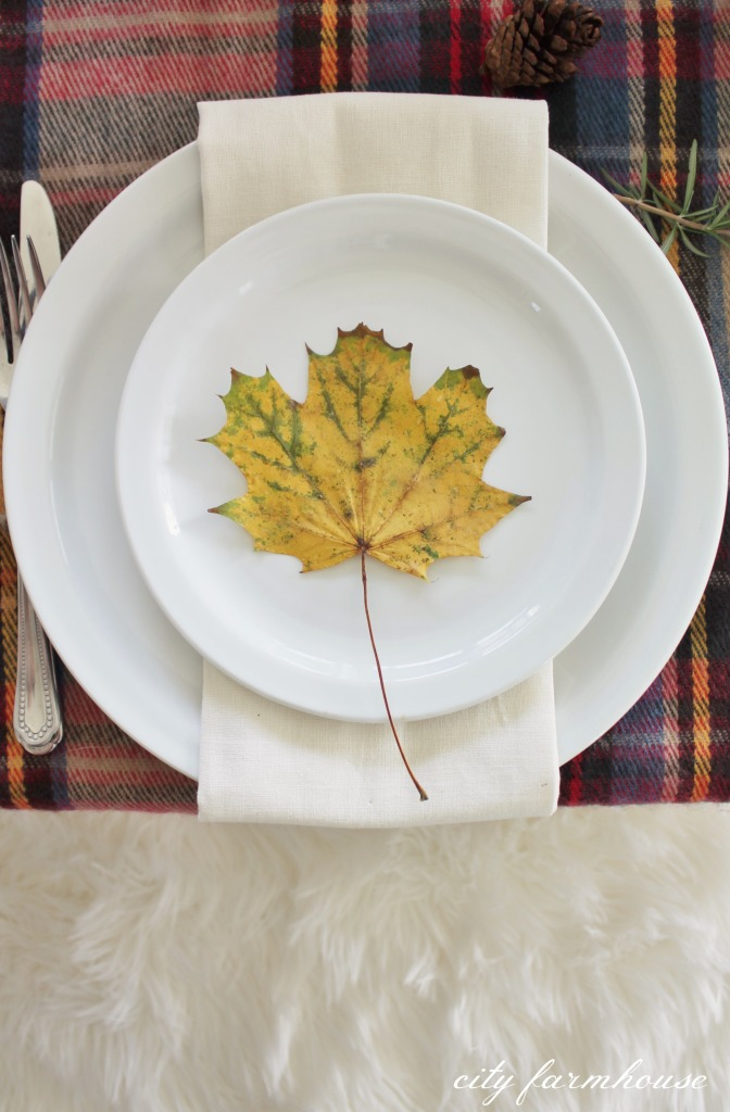 leaf place cards-fall table
