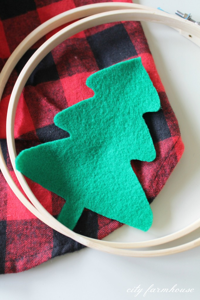 DIY Holiday Hoop Art-Use old plaid +flannel shirts