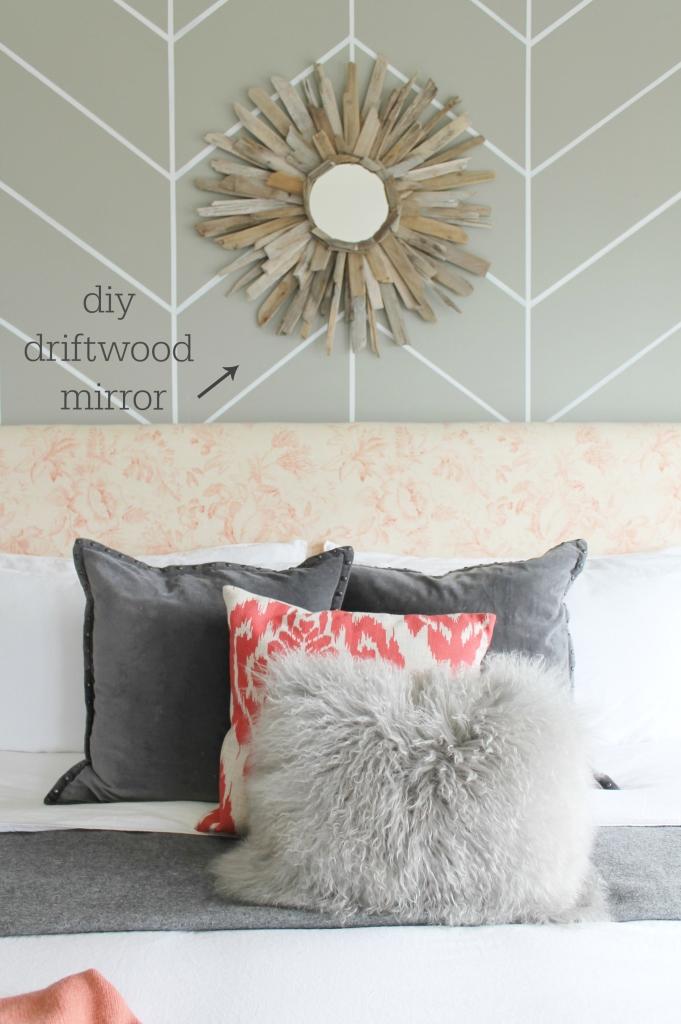 City Farmhouse Farmhouse Chic-DIY Drfitwood Mirror