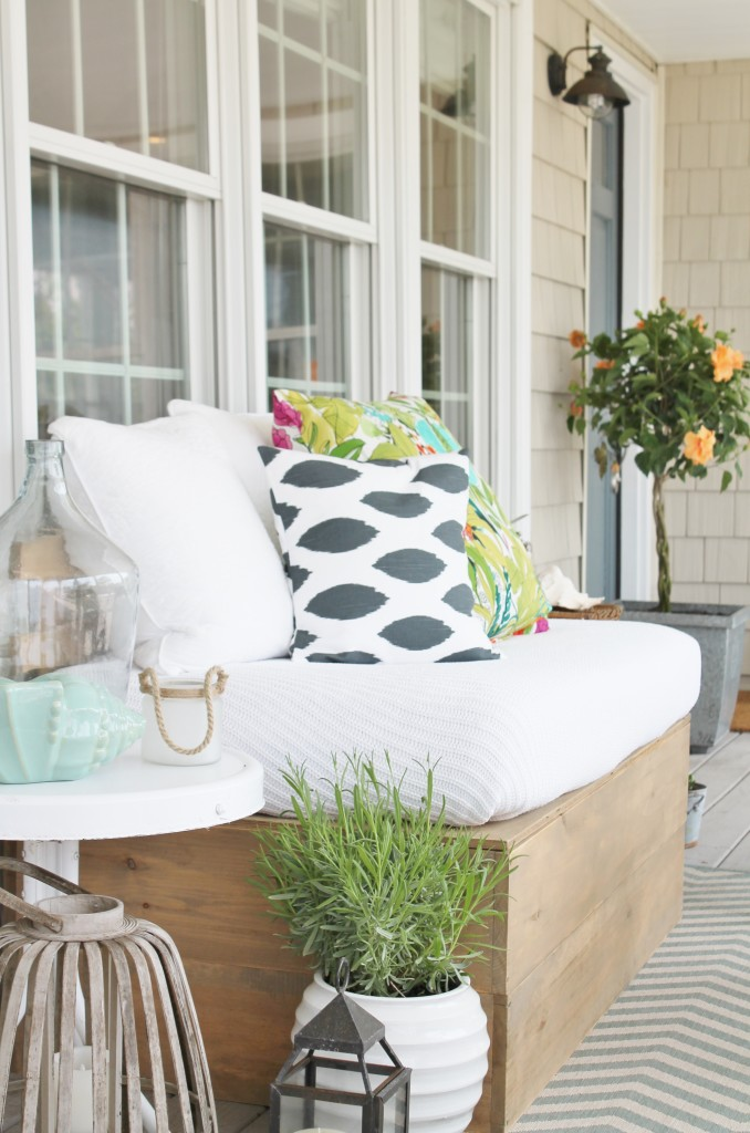Summer Farmhouse Front Porch & DIY Sofa