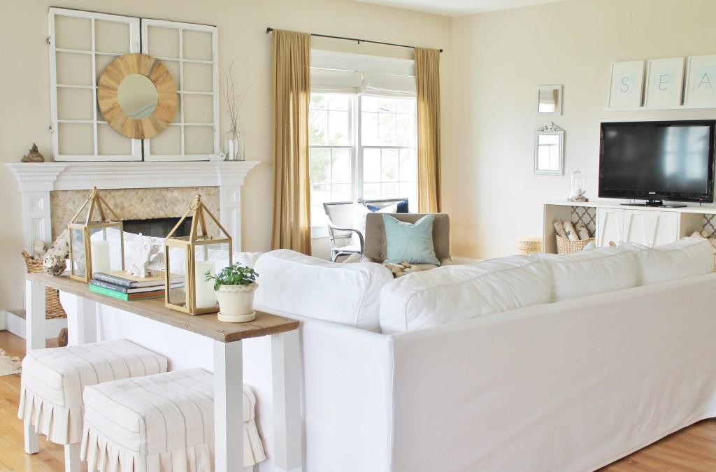 Summer Tour-Coatstal Family Room {White Ikea Sofa}