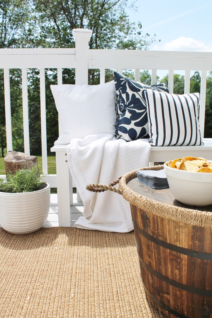 Lowe's Spring Makeover Reveal-Creating Seating for a Small Space