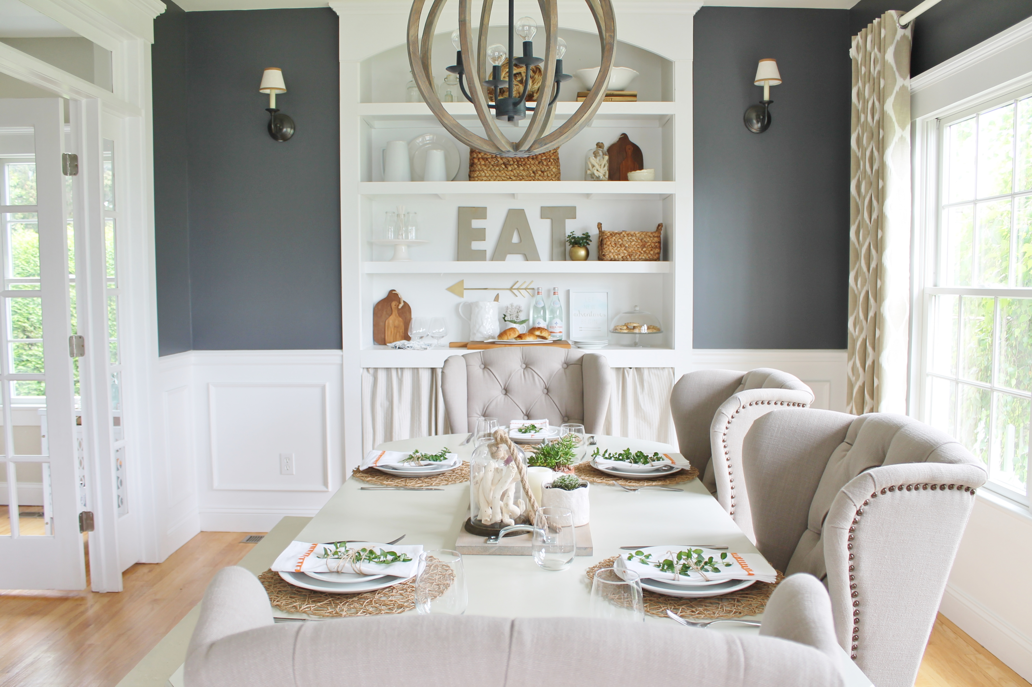 Delicieux Summer Tour U0026 Dining Room Reveal Navy Walls, Ikat Curtains U0026 Wingback Chairs