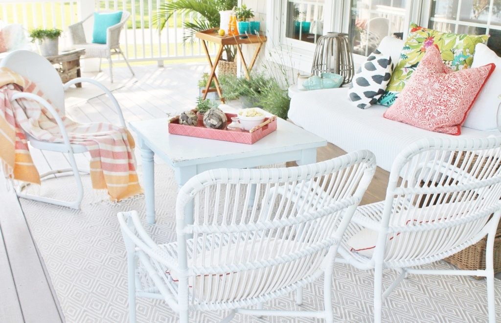 Summer Porch 5 Reasons I Love This Rug Dash Albert Diamond Outdoor