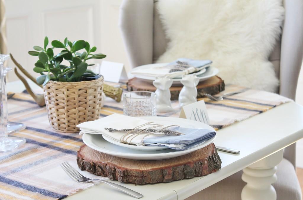 DIY Watercolor Napkins & Rustic Table Ideas