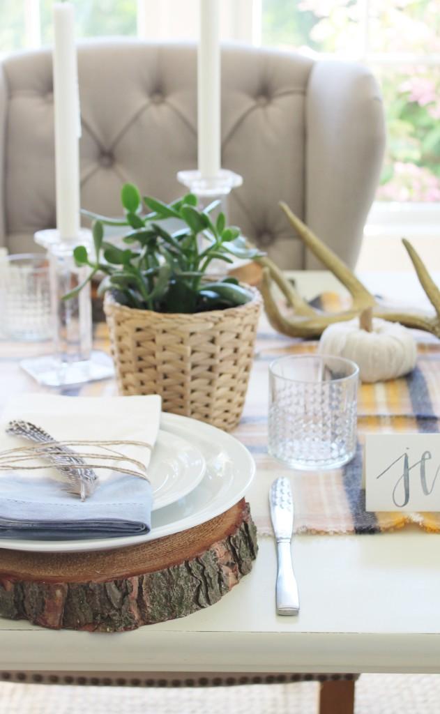 DIY Watercolor Napkins & Modern Farmhouse Table Ideas for Fall