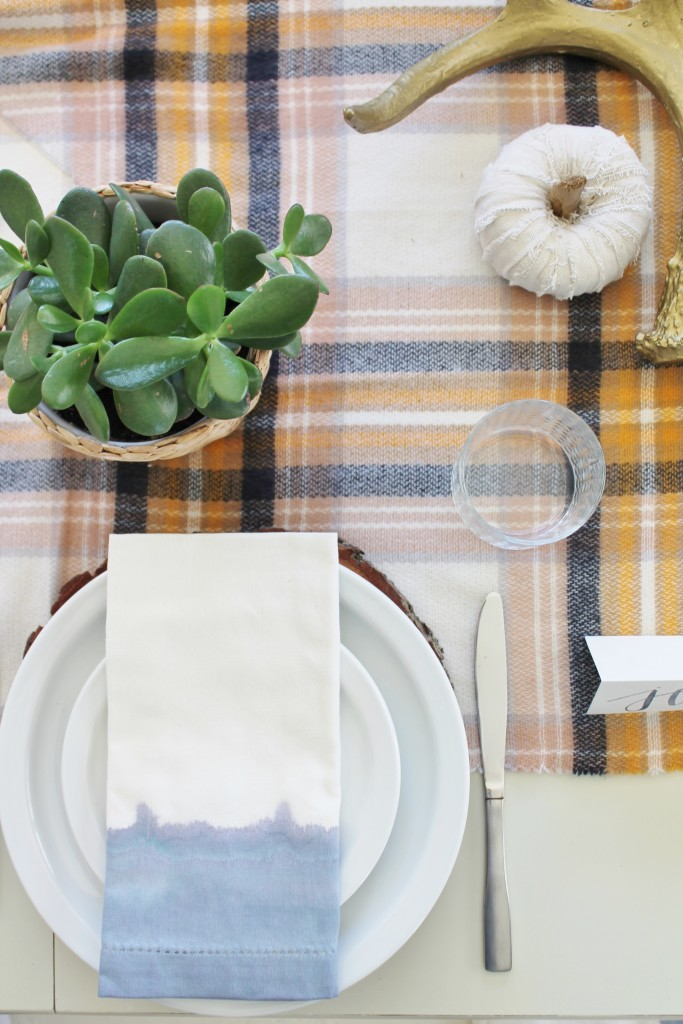 DIY Watercolor Napkins, Perfect for A Modern Farmhouse Holiday Table