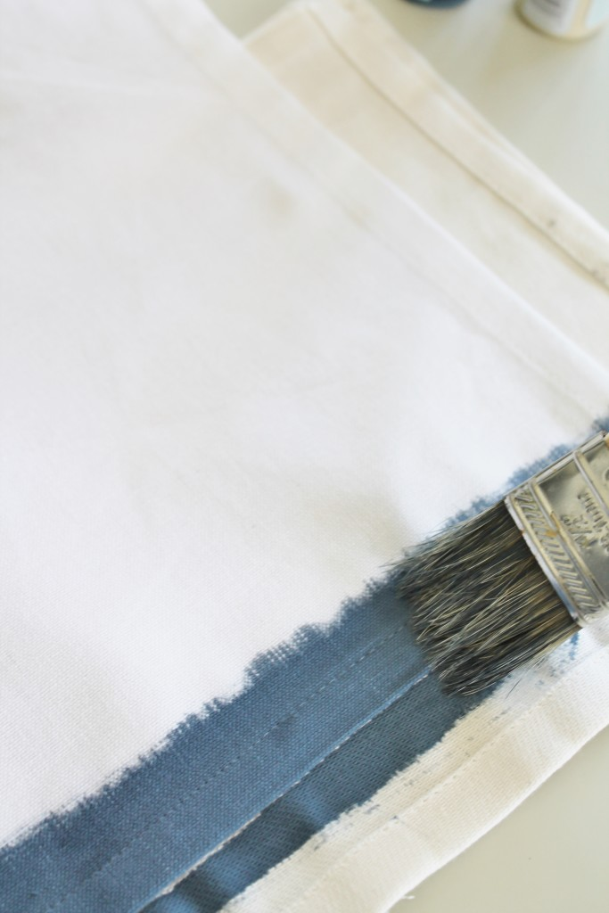 DIY Watercolor Napkins-getting an ombre look