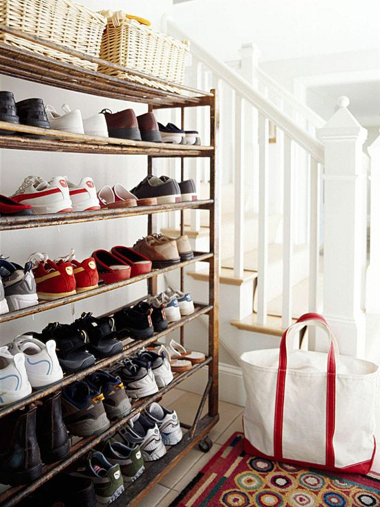 Attirant BHG Clever Storage Solution For An Entry Or Mudroom