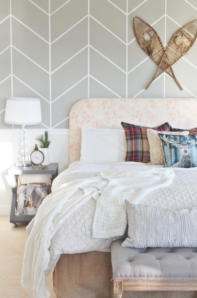 Christmas Bedroom from BHG Shoot