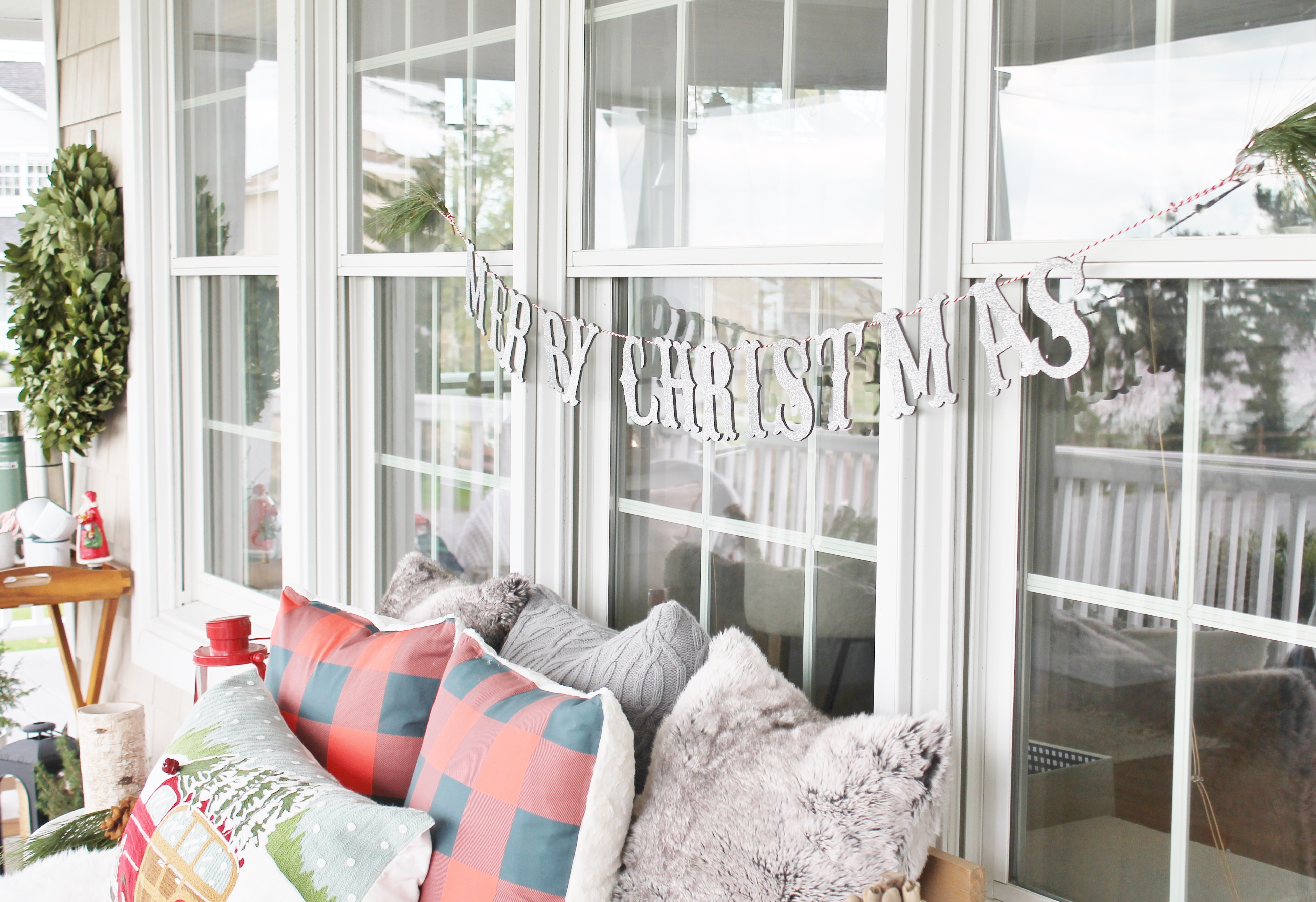 Simple Tips For Outdoor Decorating - City Farmhouse