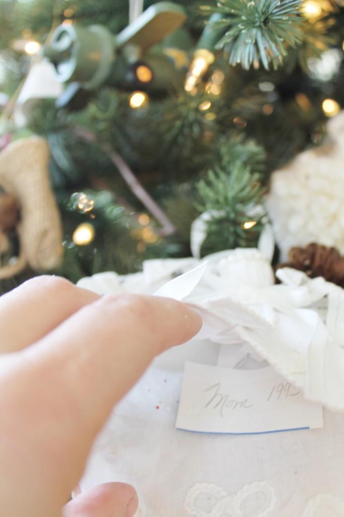 Holiday Housewalk Sentimental Touches