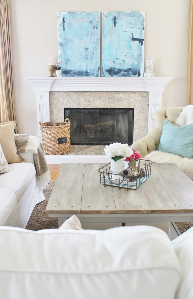 Abstract art to give a modern feel to this vintage cottage space {City Farmhouse}