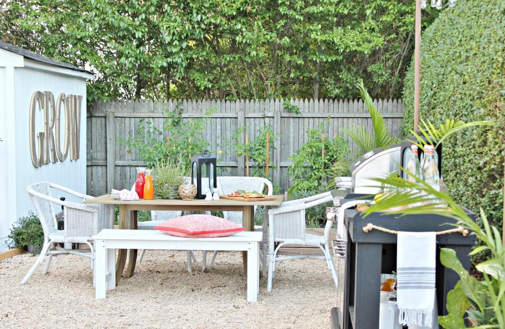 Hamptons Inspired Backyard Reveal