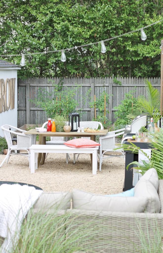 Hamptons Inspired Small Backyard With DIY Pea Gravel Patio