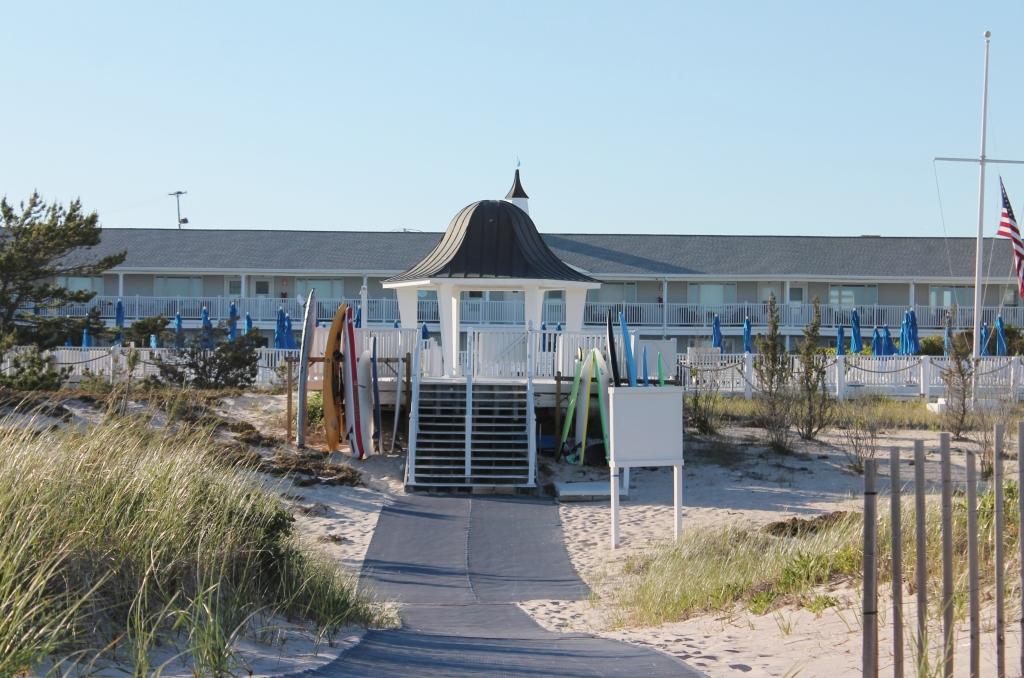 Beach Club-WHB