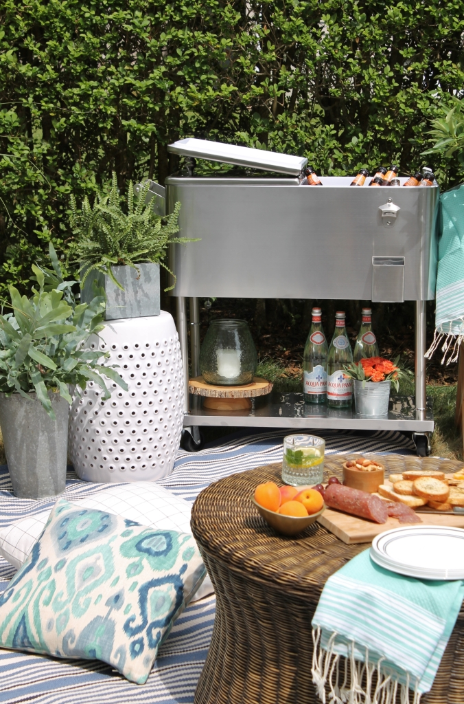 Backyard Summer Picnic Essentials-Create Another Space to Entertain