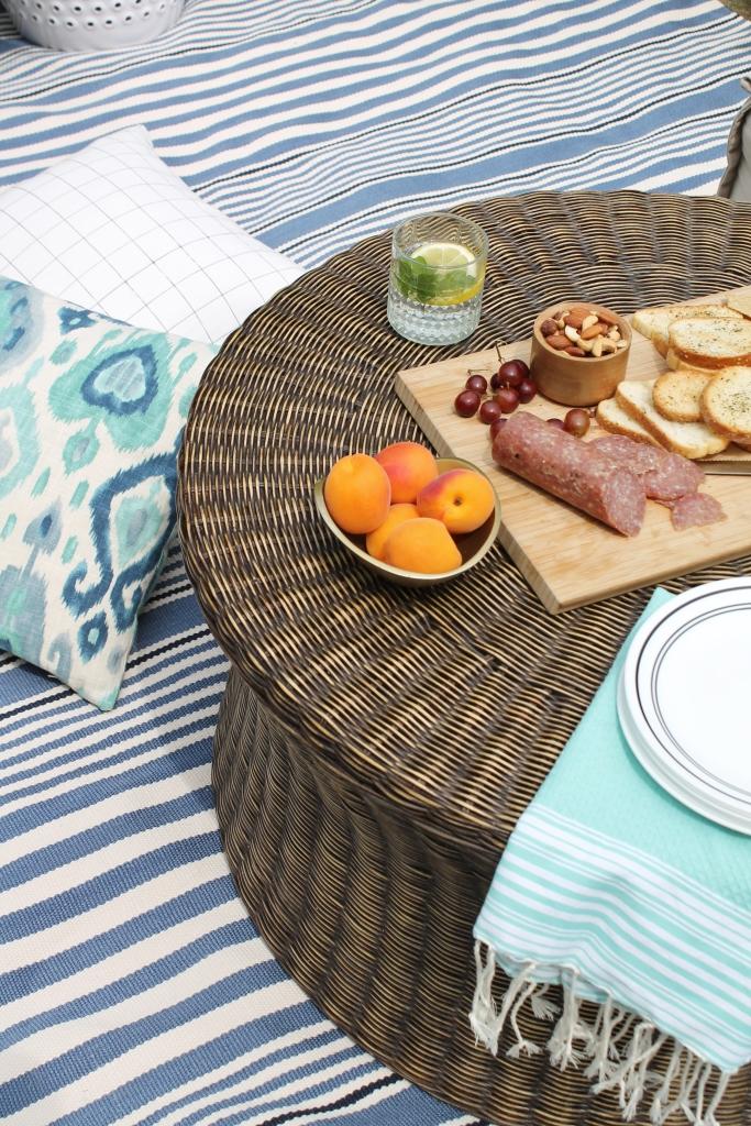 Backyard Summer Picnic Essentials-Use a Bold Rug