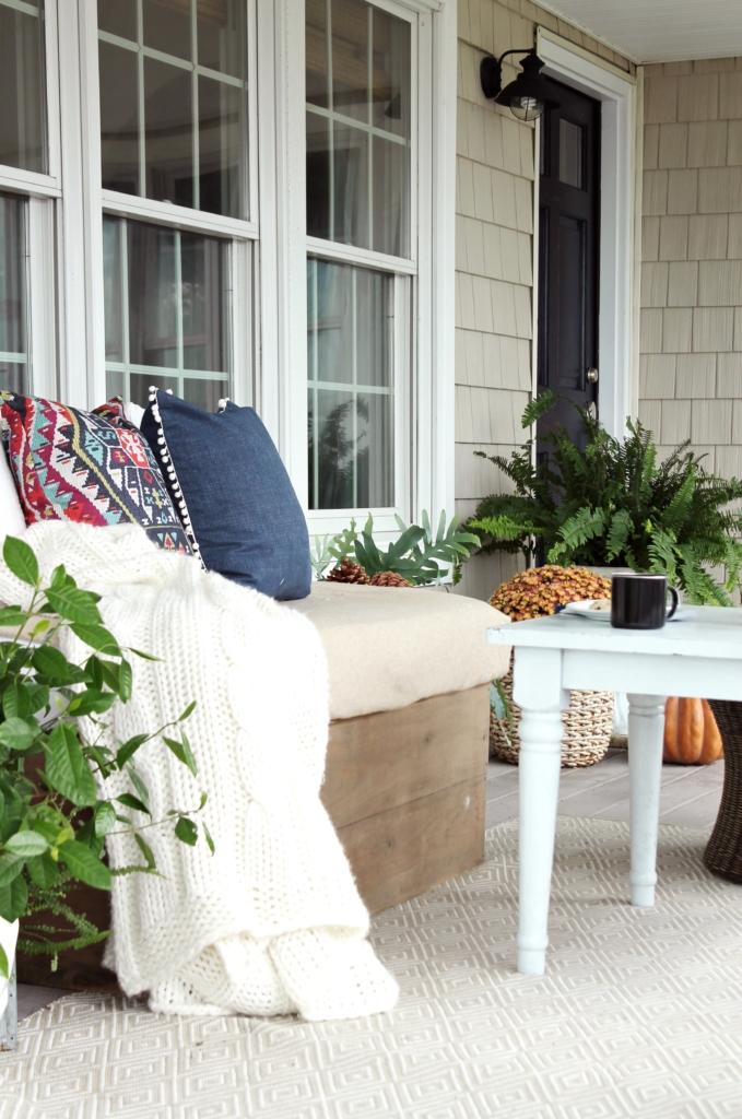 farmhouse-fall-porch-cozy-details