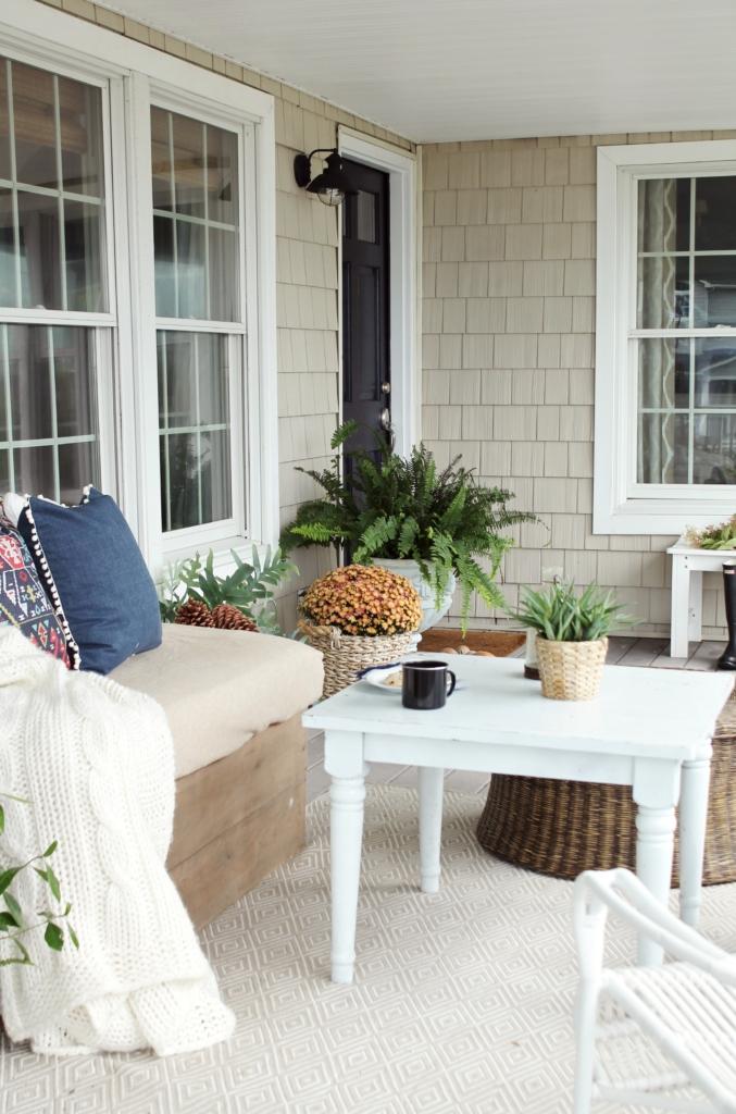 farmhouse-fall-porch-dash-albert-rugs