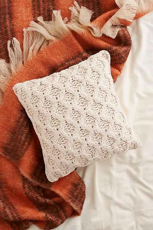chunky-cotton-knit-pillowivory