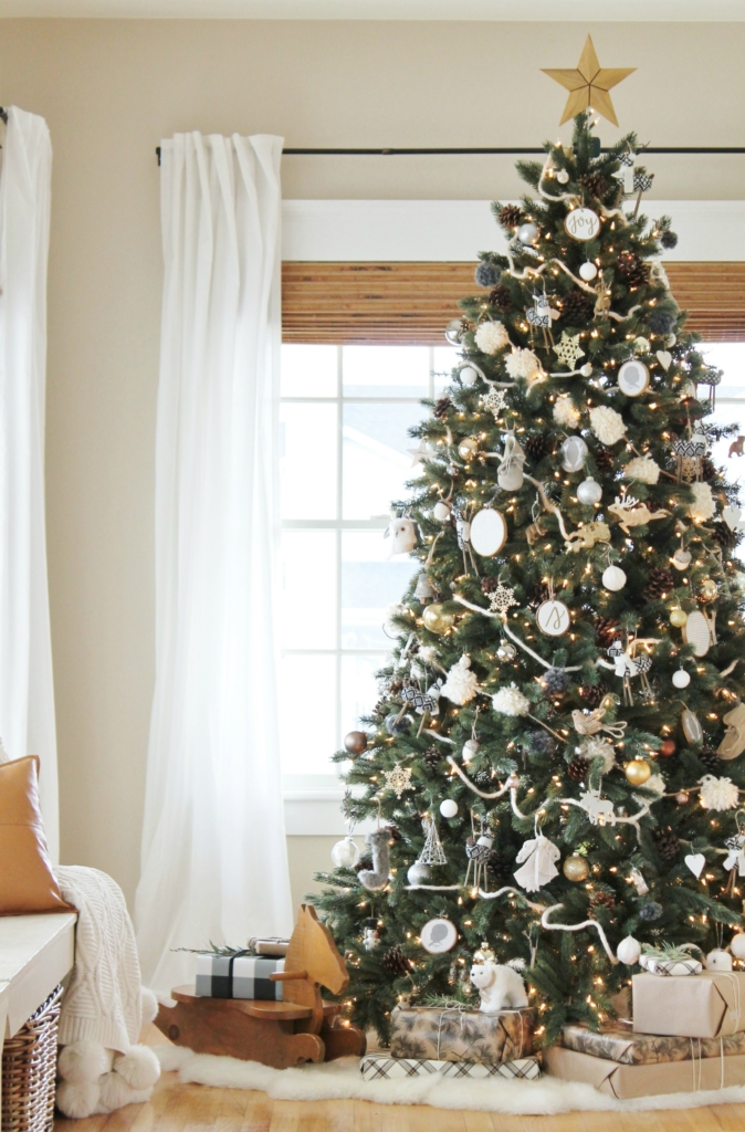Cozy Casual Modern Farmhouse Christmas Tour