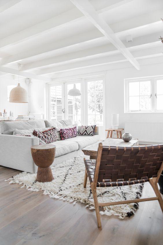 Dekorationly.com 5 Scandinavische geïnspireerde rondleidingen die kleuren opnieuw definiëren scandinavische rondleidingen opnieuw kleuren geinspireerde definieren