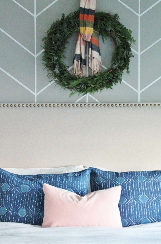 Preppy Christmas Bedroom