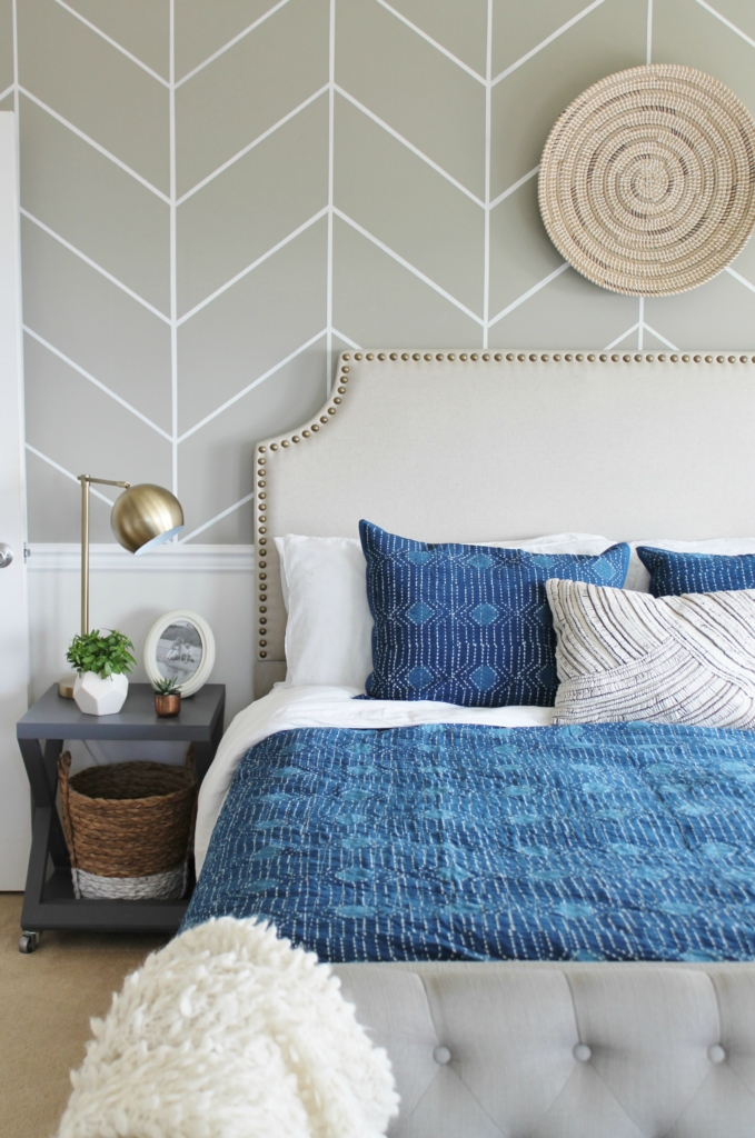 Delicieux Master Bedroom Makeover Mixing It Up With Indigo Annie Selke Bedding + Rug