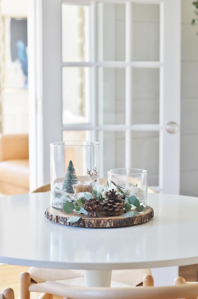 Dekorationly.com Simple Woodland Inspired Holiday Terrarium Tablescape woodland terrarium tablescape simple inspired holiday