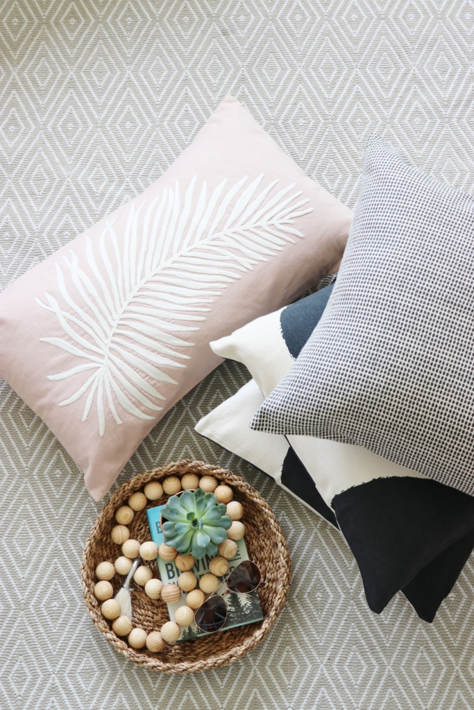 Make Your Own Outdoor Pillows The Easy Way