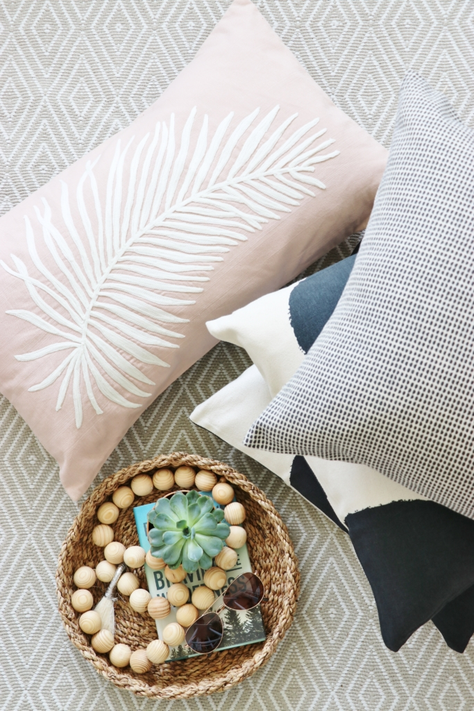 Make Your Own Outdoor Pillows The Easy Way Impressive Make Your Own Pillow Covers
